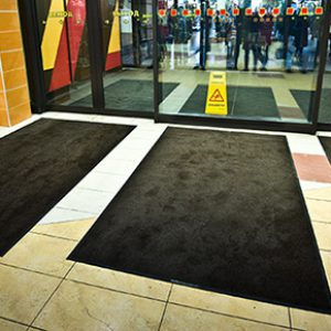 carpets_in_mall